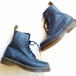 Doc Martens • Pascal navy leather lace-up boots
